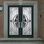 Lion-Design-Door1-300x291