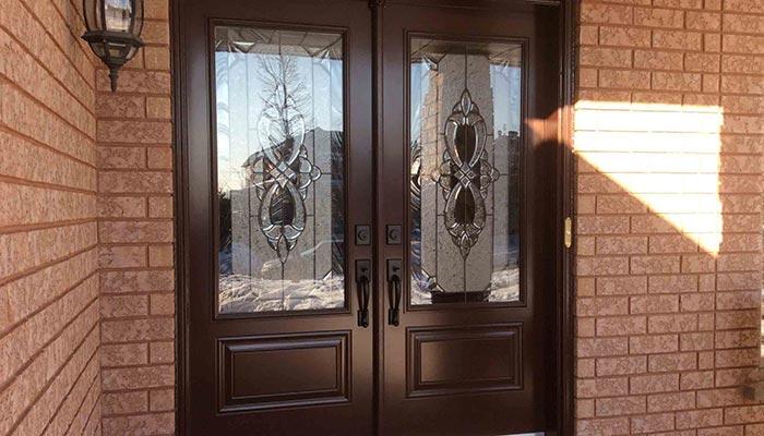 Advantages of Fiberglass Doors Toronto over Steel and Wood Doors