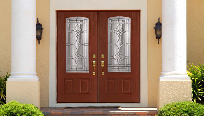Are-You-Making-the-Right-Choice-When-Choosing-Fiberglass-Doors-or-Steel-Doors-for-Your-Entry-System