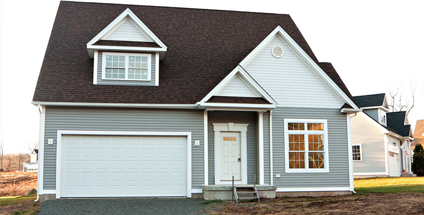 Expert Tips on Selecting Energy Efficient Discount Windows and Doors
